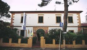 Tuscany Hotels Sea
